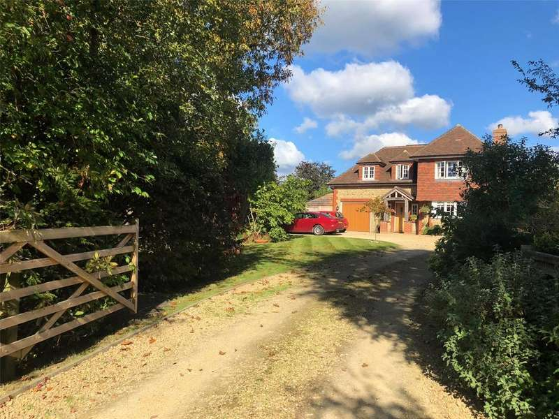 3 Bedrooms Detached House for sale in Upperfield, Easebourne, Midhurst, West Sussex