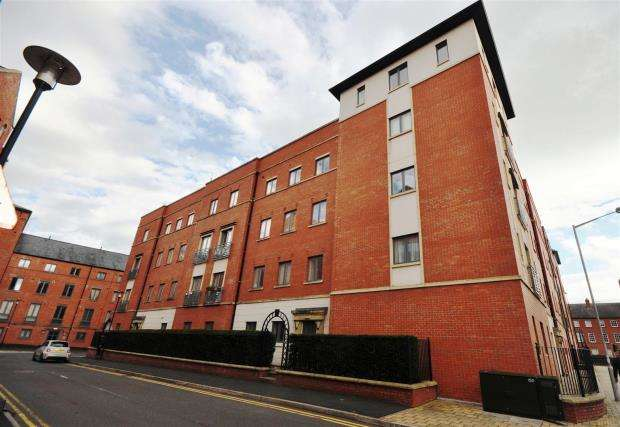 2 Bedrooms Apartment Flat for sale in The Square, Seller Street, Chester