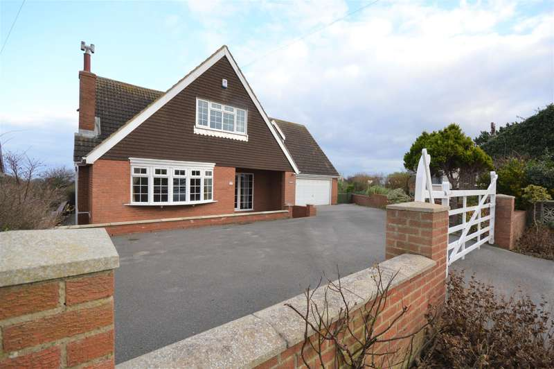 4 Bedrooms Detached House for sale in Gap Road, Hunmanby Gap, Filey, YO14 9QP