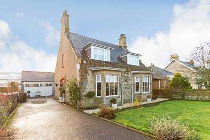 5 Bedrooms Detached House for sale in Albany Drive, Lanark