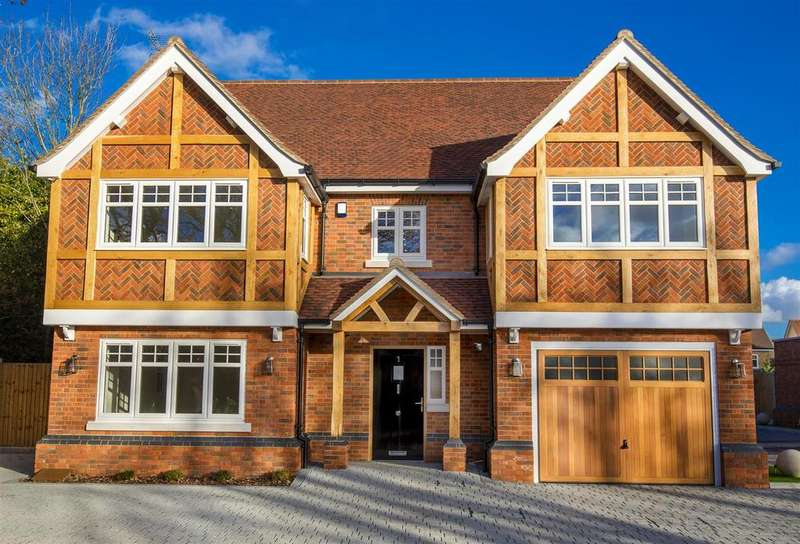 6 Bedrooms Detached House for sale in 1 Church Mews, Church Road, Hockley