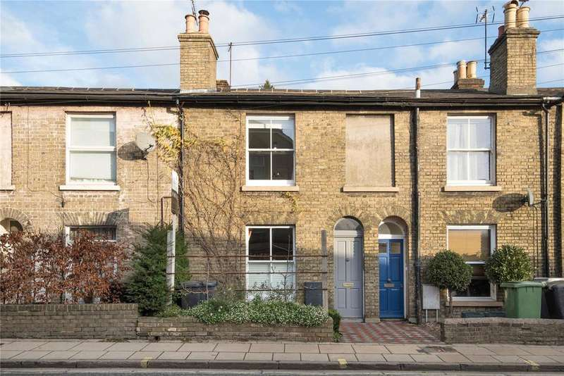 2 Bedrooms Terraced House for sale in North Walls, Winchester, Hampshire, SO23
