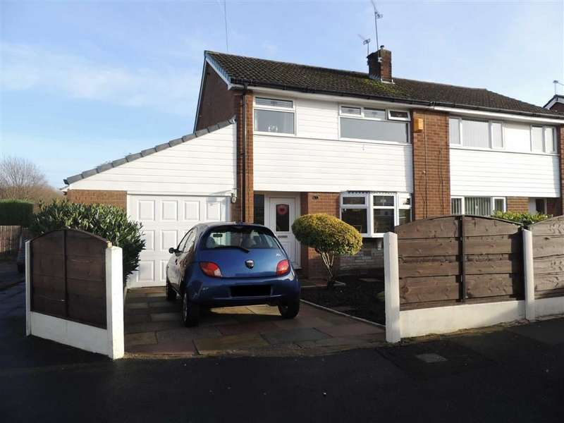 3 Bedrooms Semi Detached House for sale in Inglehead Close, Denton, Manchester