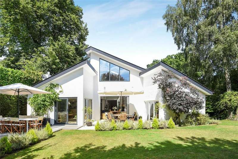 5 Bedrooms Detached House for sale in Bere Court Road, Pangbourne, Reading