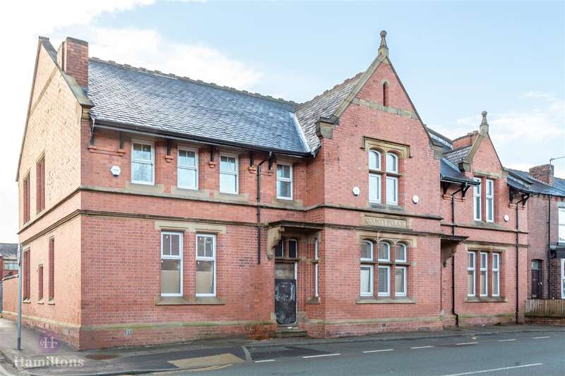 2 Bedrooms Apartment Flat for sale in Coronation Street, Ince