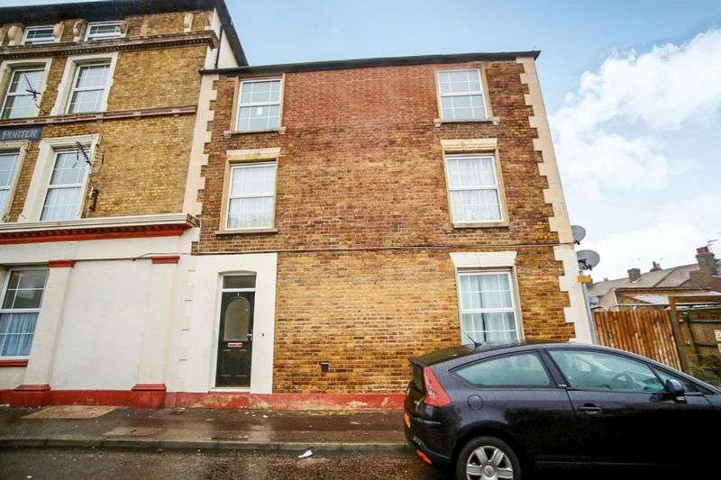 1 Bedroom Property for sale in Richmond Street, Sheerness, ME12