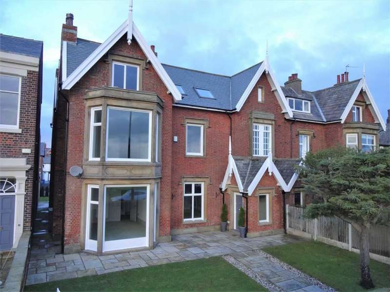 5 Bedrooms Semi Detached House for sale in East Beach, Lytham, Lytham