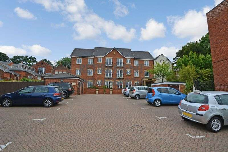 1 Bedroom Property for sale in Wilshere Court, Hitchin, SG4 9TT