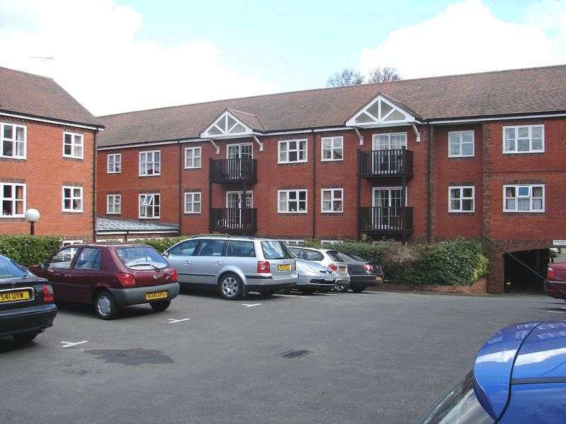 1 Bedroom Property for sale in Audley Court, Saffron Walden, CB11 3HX