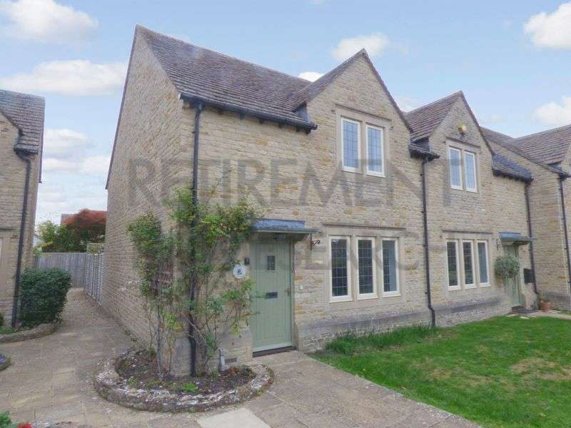 2 Bedrooms Property for sale in Lygon Court, Fairford, GL7 4AP