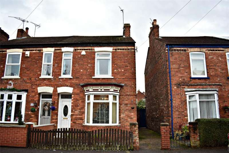 3 Bedrooms Semi Detached House for sale in Garfield Street, Gainsborough, Lincolnshire, DN21