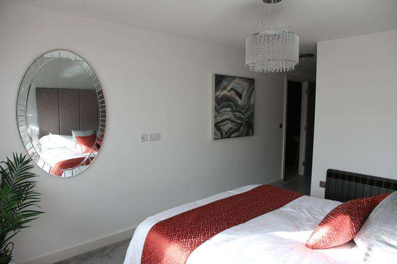 2 Bedrooms Apartment Flat for sale in The Broadway, Morecambe