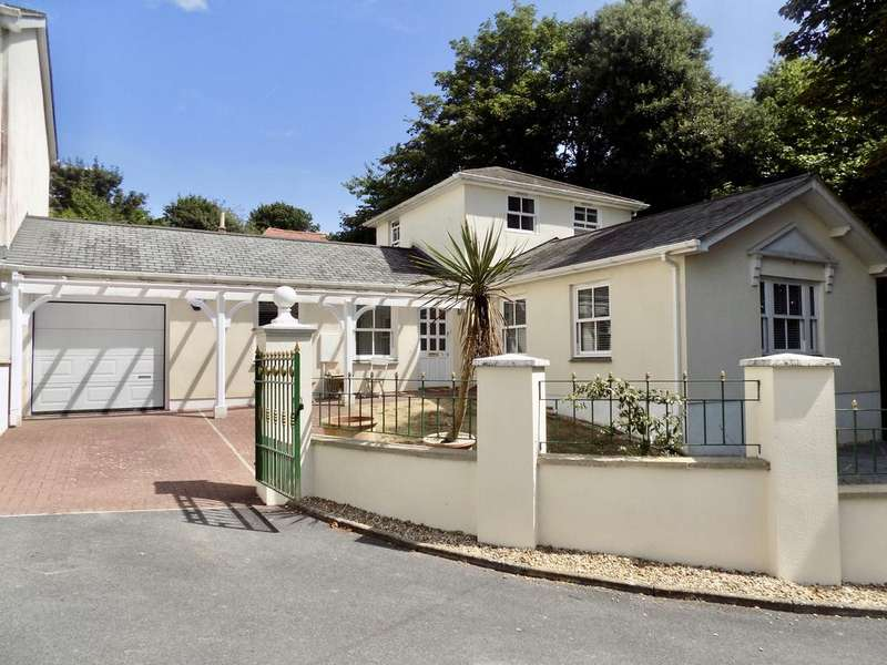 3 Bedrooms Bungalow for sale in Mount Braddons Mews, Braddons Hill Road East, Torquay TQ1