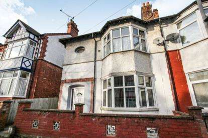 3 Bedrooms Semi Detached House for sale in Conway Road, Luton, Bedfordshire