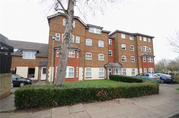 2 Bedrooms Apartment Flat for sale in Wingate Court, Aldershot, Hampshire