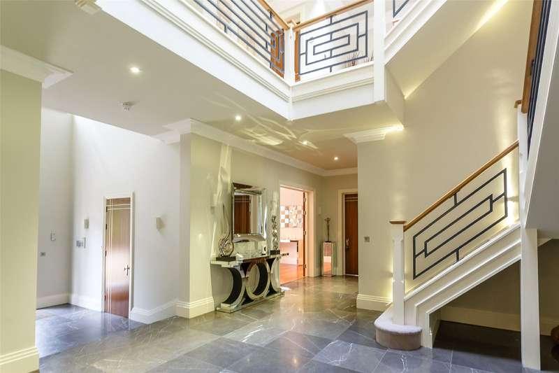 6 Bedrooms Detached House for sale in Percival Close, Oxshott, Leatherhead, Surrey, KT22