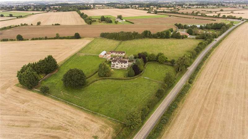 5 Bedrooms Equestrian Facility Character Property for sale in Aldbrough St. John, Richmond, North Yorkshire, DL11