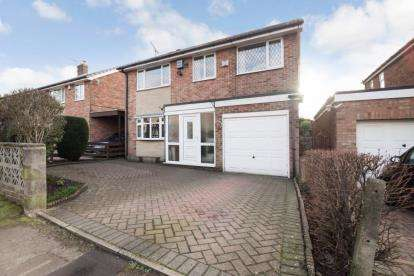 4 Bedrooms Detached House for sale in Salisbury Avenue, Dronfield, Derbyshire