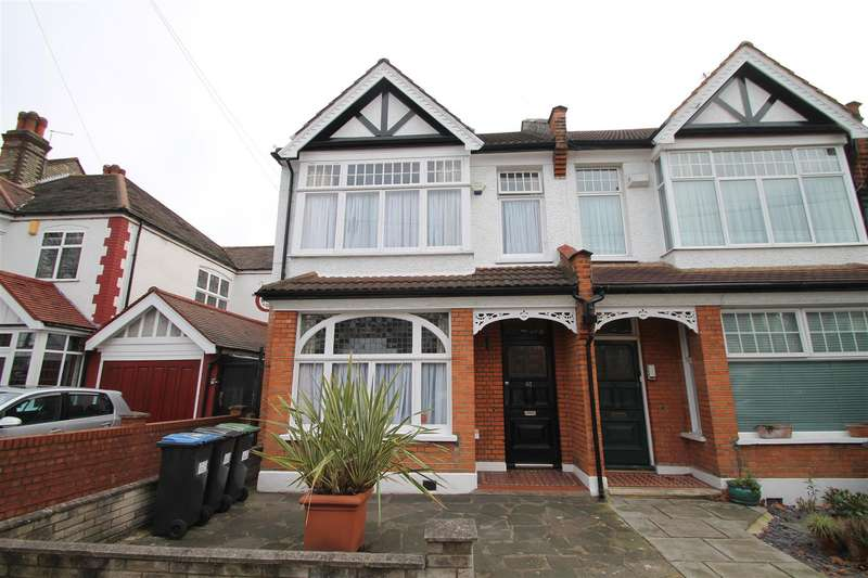 4 Bedrooms House for sale in Broomfield Avenue, London N13