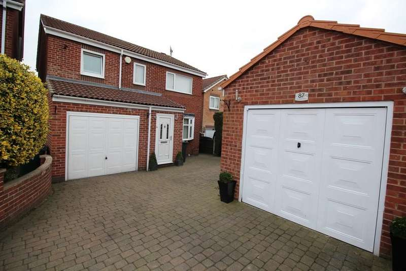4 Bedrooms Detached House for sale in Boundary Green, Rawmarsh