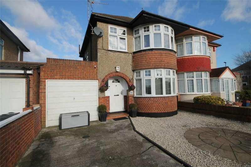 3 Bedrooms Semi Detached House for sale in Staines Road, Feltham, Bedfont, Middlesex