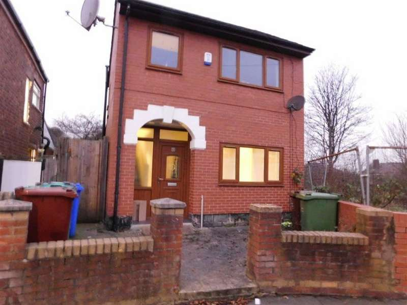 3 Bedrooms Detached House for sale in Enfield Drive, Clayton, Manchester
