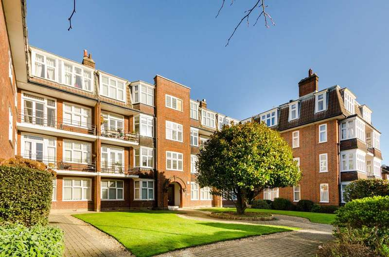 3 Bedrooms Flat for sale in Westfield Court, Surbiton, KT6
