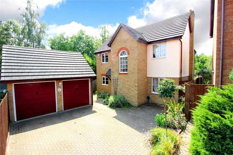 4 Bedrooms Detached House for sale in Peacock Walk, Abbots Langley, Hertfordshire, WD5
