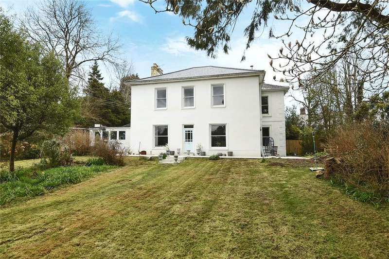 4 Bedrooms Semi Detached House for sale in Comprigney Hill, Truro, Cornwall, TR1