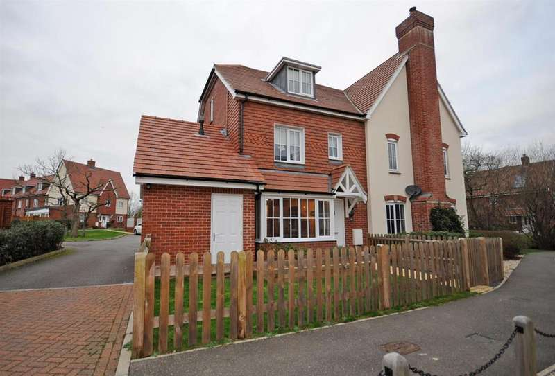 4 Bedrooms Semi Detached House for sale in Stanier Street, Hailsham