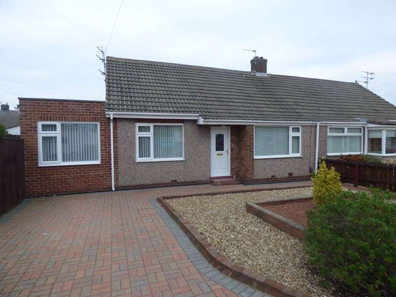 2 Bedrooms Bungalow for sale in Dilston Close, Shiremoor, Newcastle upon Tyne, Tyne and Wear, NE27 0TY