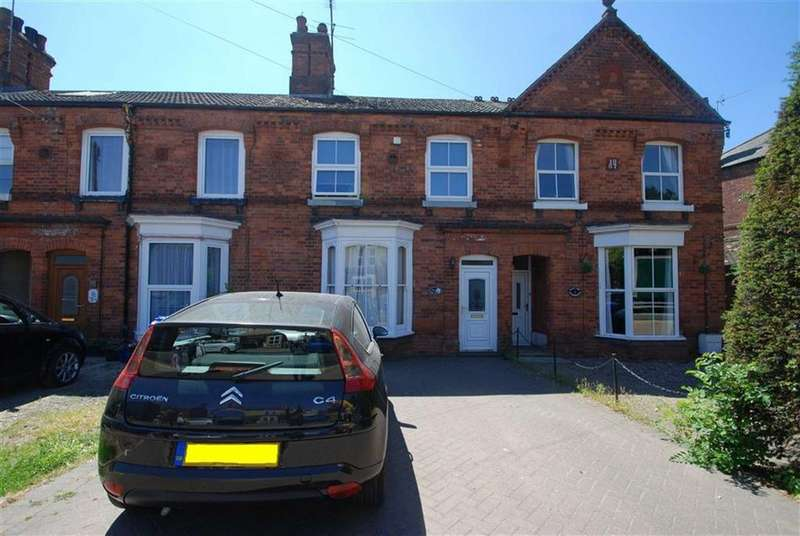 3 Bedrooms Terraced House for sale in Sleaford Road, Boston