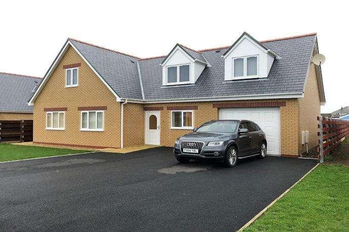 5 Bedrooms Detached House for sale in 18 corbett avenue, tywyn LL36
