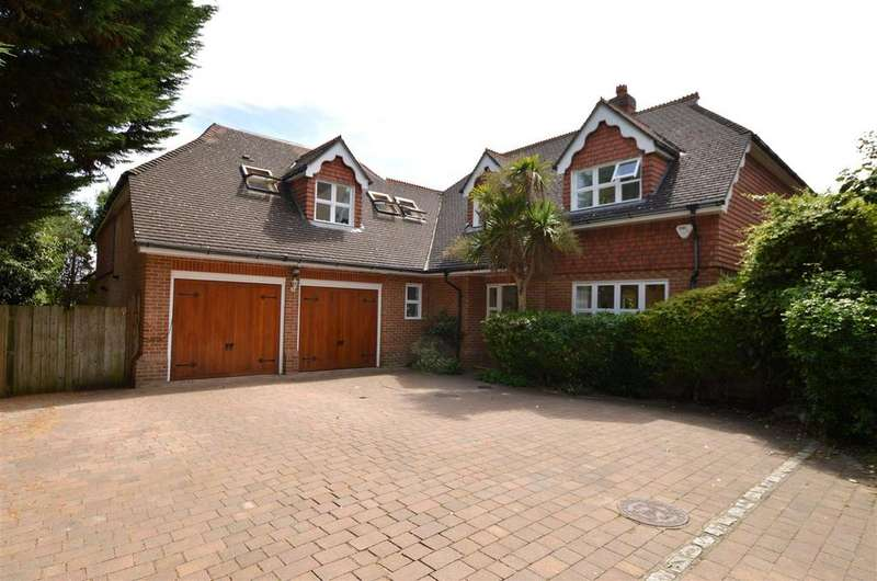 5 Bedrooms Detached House for sale in Spinney Close, Worcester Park