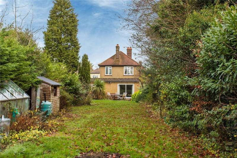 3 Bedrooms Detached House for sale in Grove Road, Hazlemere, Buckinghamshire, HP15