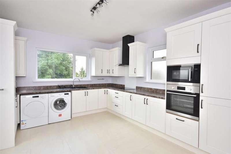 3 Bedrooms Bungalow for sale in Trallwm Road, Llanelli