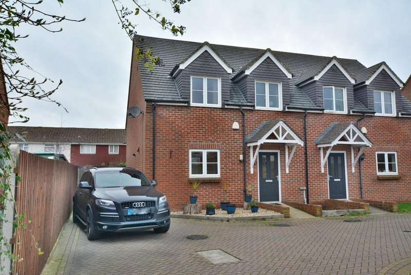 3 Bedrooms End Of Terrace House for sale in Ensbury Gardens, Bournemouth
