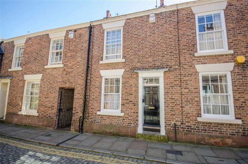 3 Bedrooms Terraced House for sale in White Friars, Chester, Chester