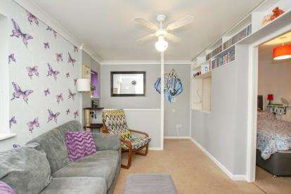 1 Bedroom Flat for sale in Longs Drive, Yate, Bristol, South Gloucestershire