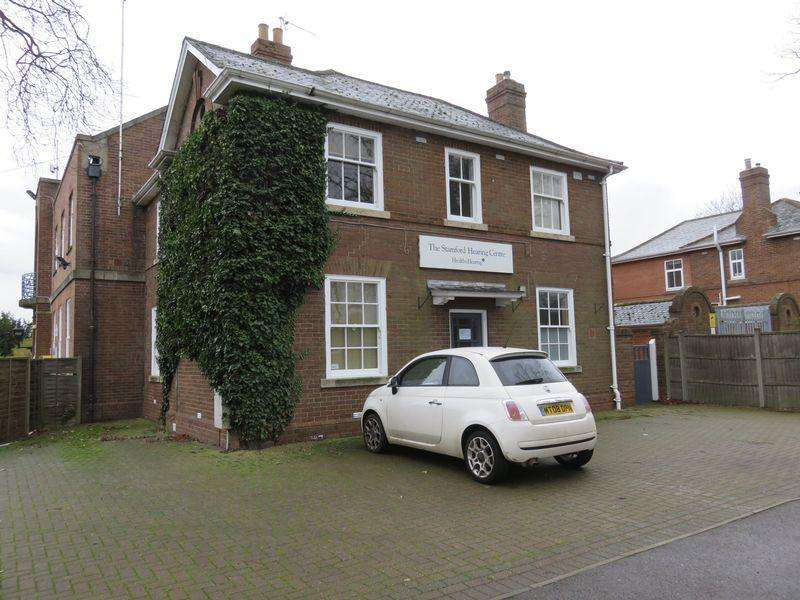 3 Bedrooms House for sale in Cliffe Road, Stamford