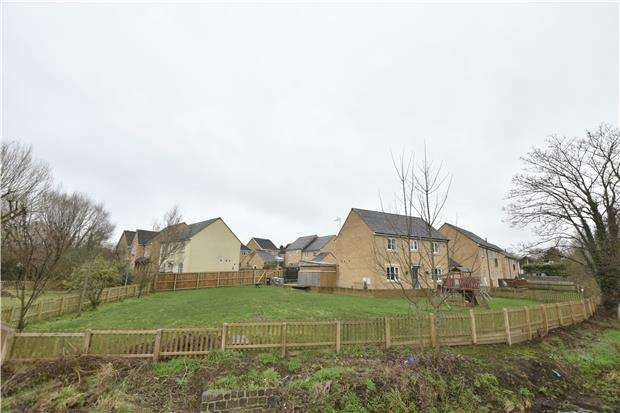 4 Bedrooms Detached House for sale in Roy King Gardens, Warmley, BS30 8BQ