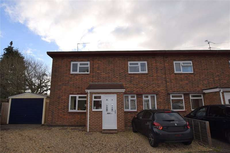 3 Bedrooms Semi Detached House for sale in The Close, Burghfield Common, Reading, Berkshire, RG7
