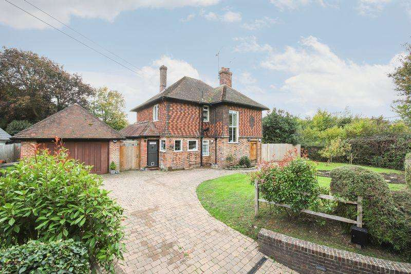 3 Bedrooms Detached House for sale in Steyning
