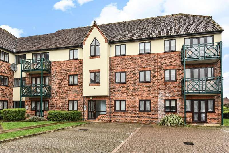 1 Bedroom Flat for sale in Castleview Catchment Area, Berkshire, SL3