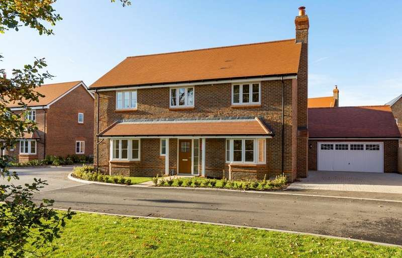 5 Bedrooms Detached House for sale in Peppard Road, Sonning Common, Reading, RG4