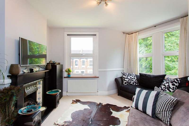 2 Bedrooms Flat for sale in Bollo Bridge Road, Acton, W3