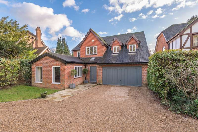 5 Bedrooms Detached House for sale in Raglan Road, Reigate, Surrey, RH2