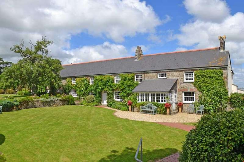 6 Bedrooms Detached House for sale in Bodrean, Nr. Truro, Cornwall