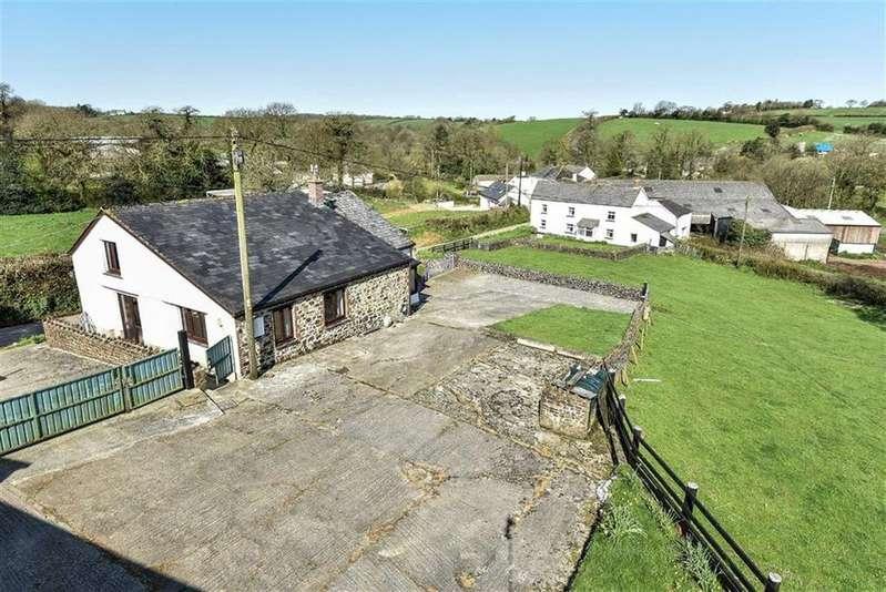3 Bedrooms Detached House for sale in Crowden, Northlew, Okehampton, Devon, EX20