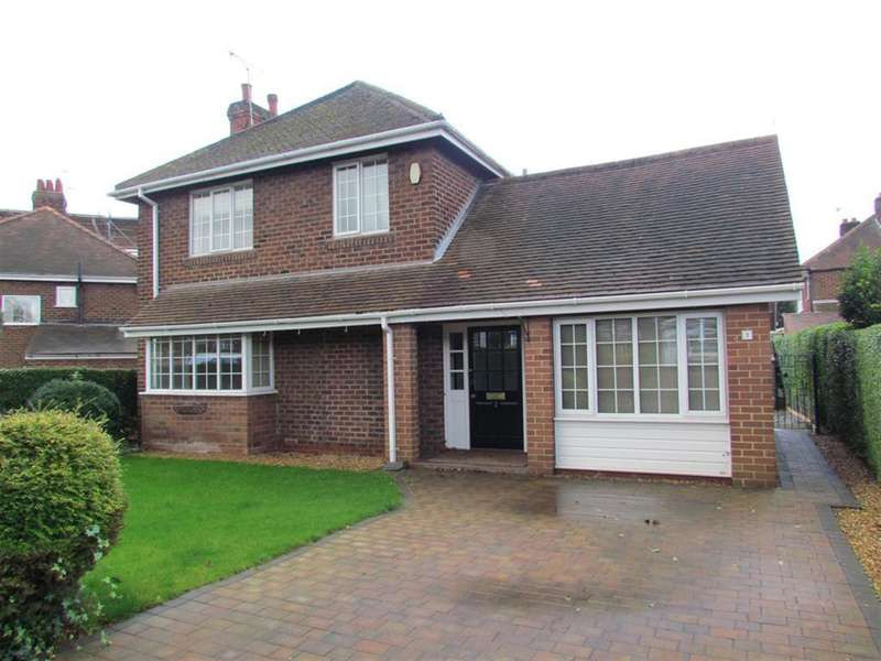 4 Bedrooms Detached House for sale in Marlborough Drive, Tadcaster, North Yorkshire, LS24 9JU